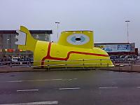 800pxyellowsubmarineairport
