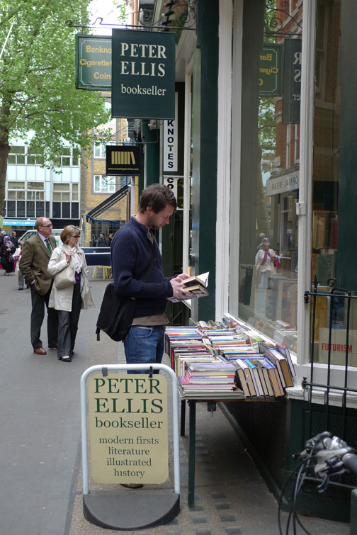 Cecil_court_bookshop
