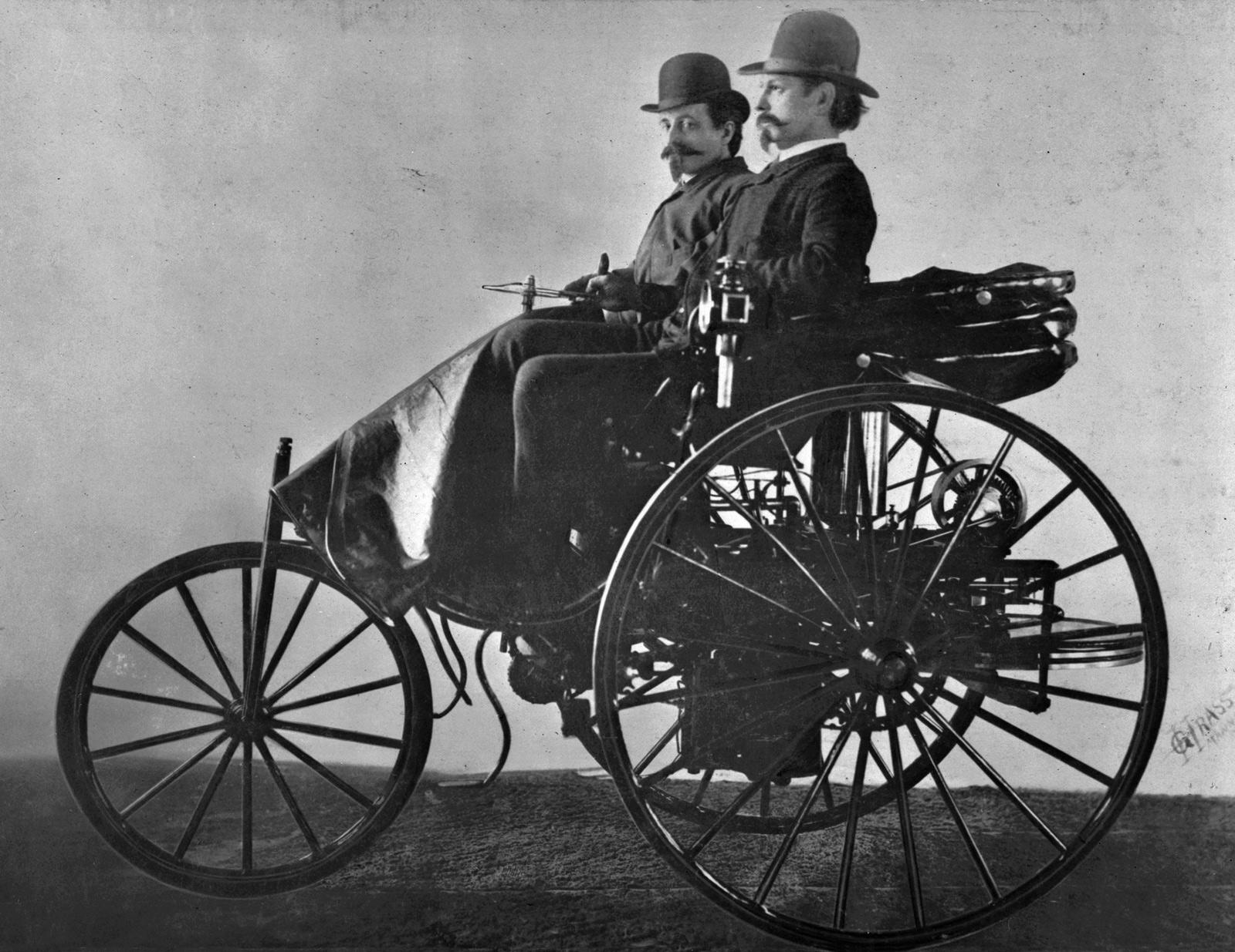 Benz_patent_motorwagen__2